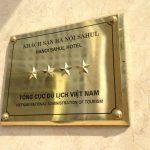 Vì Sao Nên Làm Biển Quảng Cáo Inox Ăn Mòn? Kinh nghiệm làm biển Inox giá rẻ