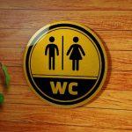 Làm biển WC giá rẻ tại Hà Nội lấy ngay sau 15 phút đa dạng mẫu mã
