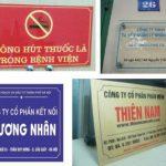 Làm biển Mica dán decal giá rẻ tại Hà Nội giá từ 25k/ biển